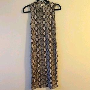 Women's Snake print Dress Size M